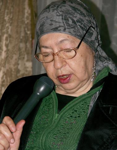 poetul Angela Marinescu