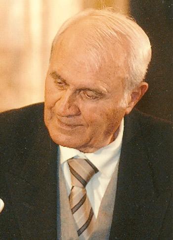 poetul Radu Cârneci